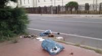 Riceviamo e pubblichiamo. Un nostro lettore ha immortalato il solito sacco di rifiuti 'abbandonato' per le strade dell'isola. In questa circostanza il 'monumento' si trovava nel rettilineo […]