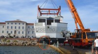 Venerdì pomeriggio la motonave Patricia, che martedì 10 settembre 2013 era affondata nello specchio acqueo dell'isola di Santa Maria (la Guardia Costiera ha aperto un'indagine), è stata […]