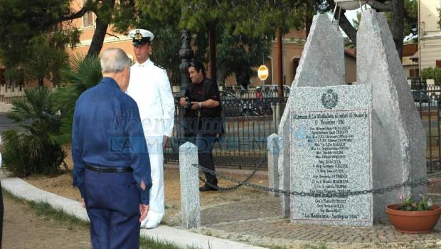 Ancora una volta il monumento dedicato agli Eroi di Nassiriya è stato oltraggiato dal solito gesto infame dei soliti simpaticoni. di Salvatore Faggiani 12 novembre 2003: un'autocisterna […]