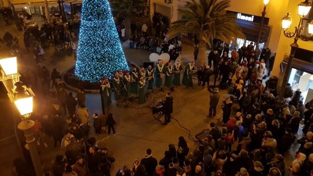 Ci sembra doveroso riconoscere il grande successo per le numerose manifestazioni organizzate dall'amministrazione Montella in occasione delle feste natalizia. Bellissime le luminarie, apprezzate da tutti, ma in […]